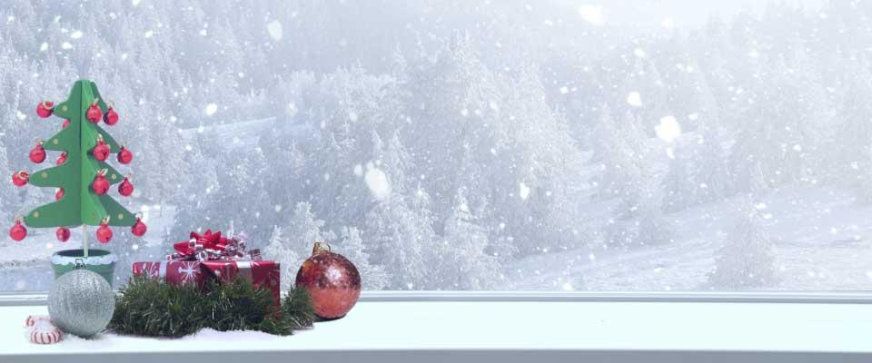 冬の冷たいガラス